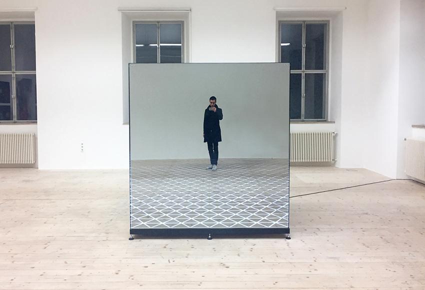 Burlart_Roland_No_Titel_2017_mirror_22web